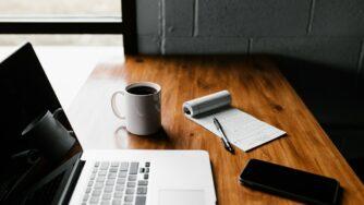 Топ-5 книг, которые помогут легко перейти на удаленную работу